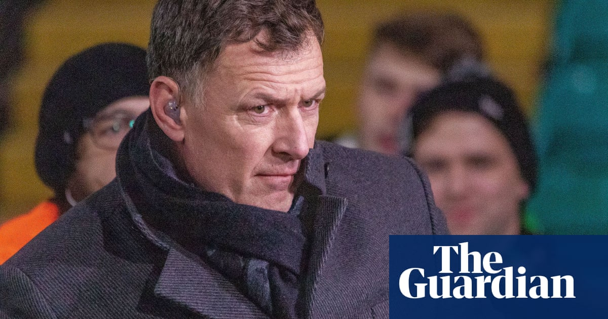 Chris Sutton hits out at football authorities handling of dementia crisis