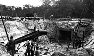 Workers reshaping Berlin's Tiergarten district in around 1938.
