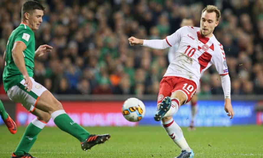Christian Eriksen scores  for Denmark v Republic of Ireland