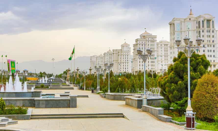 A typically empty park in Ashgabat.