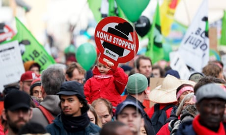 'Political watershed' as 19 countries pledge to phase out coal