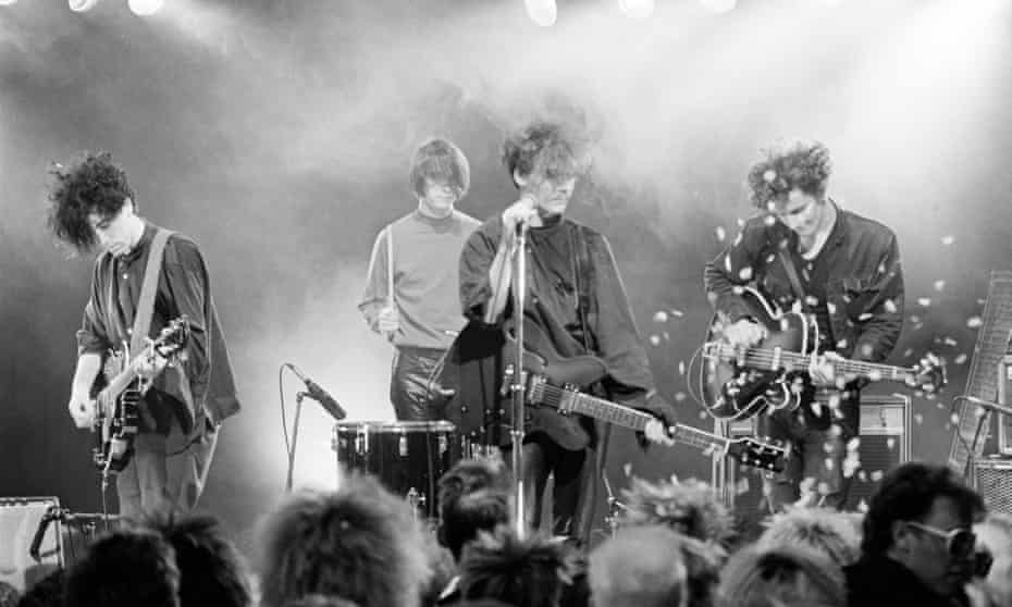 The Jesus and Mary Chain on The Tube in 1985.