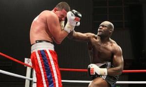 Larry Olubamiwo defeats Yavor Marinchev at the Harvey Hadden Leisure Centre, Nottingham in 2009