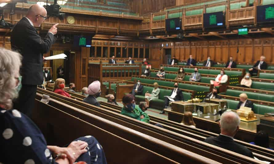 MPs in Commons for PMQs
