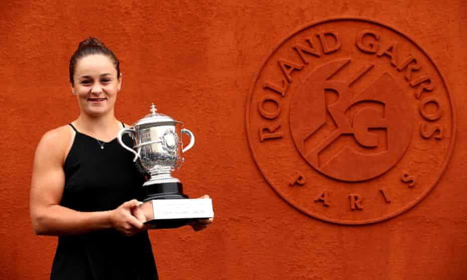 Ashleigh Barty at Roland Garros with the French Open 2019 trophy