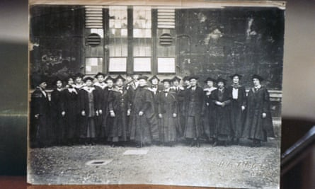 Women students at Oxford University, 1925. Possibly from a photograph album belonging to Constance Savery, one of the first Oxford graduates. GNM Archive ref: GUA/6/9/1/1/U box 6
