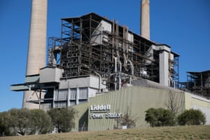 Liddell coal-fired power station, which representatives from AGL say should be shut.