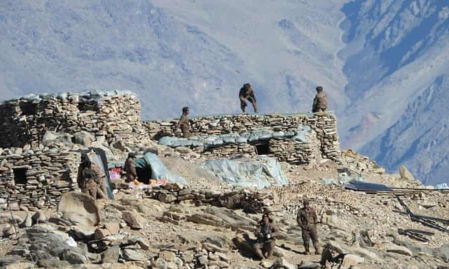 Chinese troops close to the India-China border