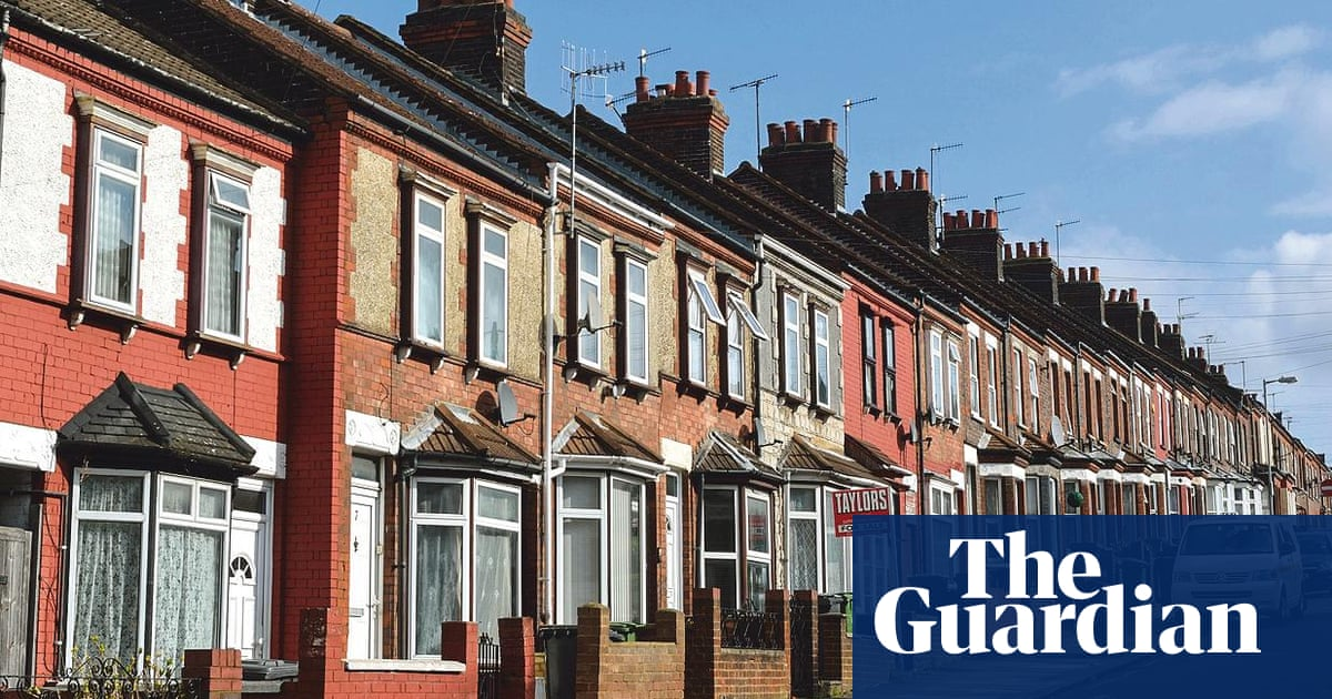 Let S Move To Luton Bedfordshire It S Very Connected Luton The Guardian
