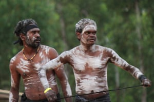 Randy Yibarbuk and Russell Gurruwiwi from Maningrida dance at the bunggul.