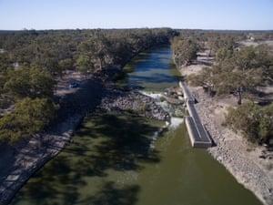 Weir 32 near Menindee