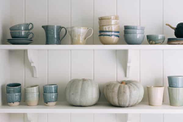 Handmade pottery from Aerende