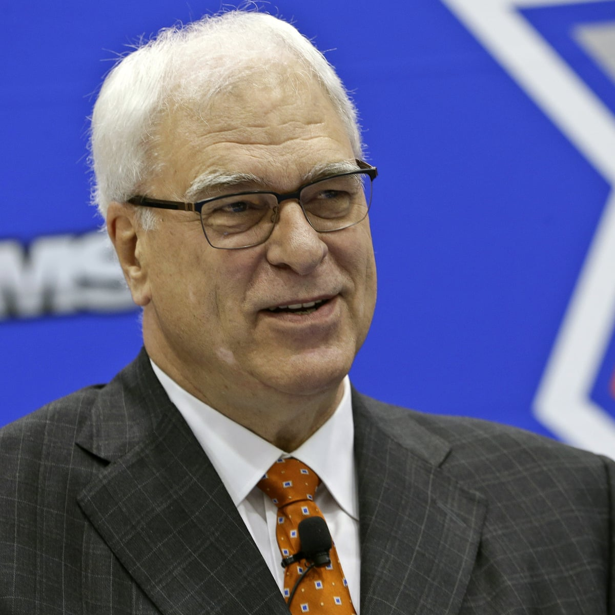 Phil Jackson Became An Angry Old Guy In A Young Man S Game Les