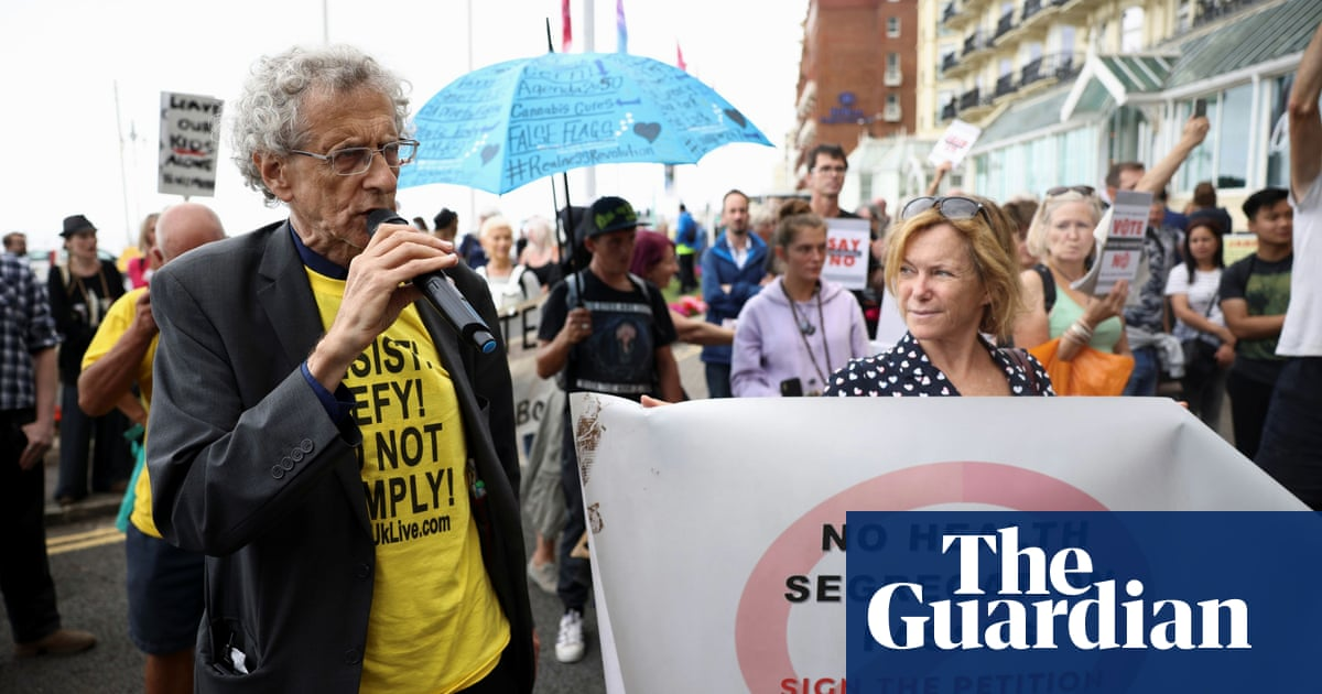 Piers Corbyn disrupts climate debate featuring brother Jeremy