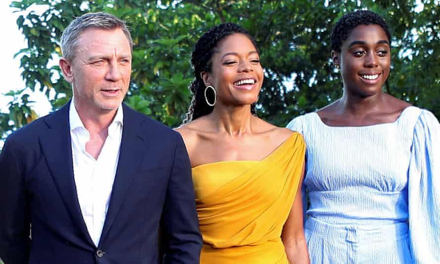Daniel Craig with Naomie Harris, centre, and Lashana Lynch in Jamaica.
