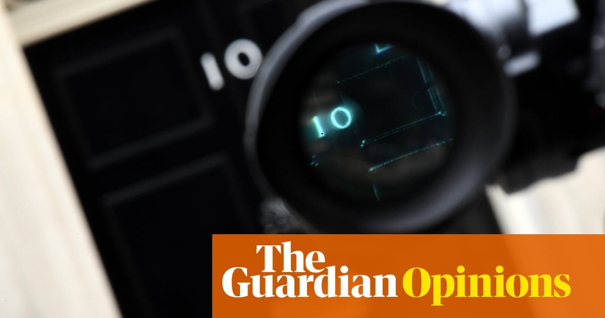 These are busy times for 'No 10 source'. Journalists should refuse to be played | Peter Geoghegan