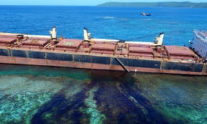 The owner and insurer of a Hong Kong bulk carrier that is spilling oil in the Solomon Islands has issued an apology for the disaster