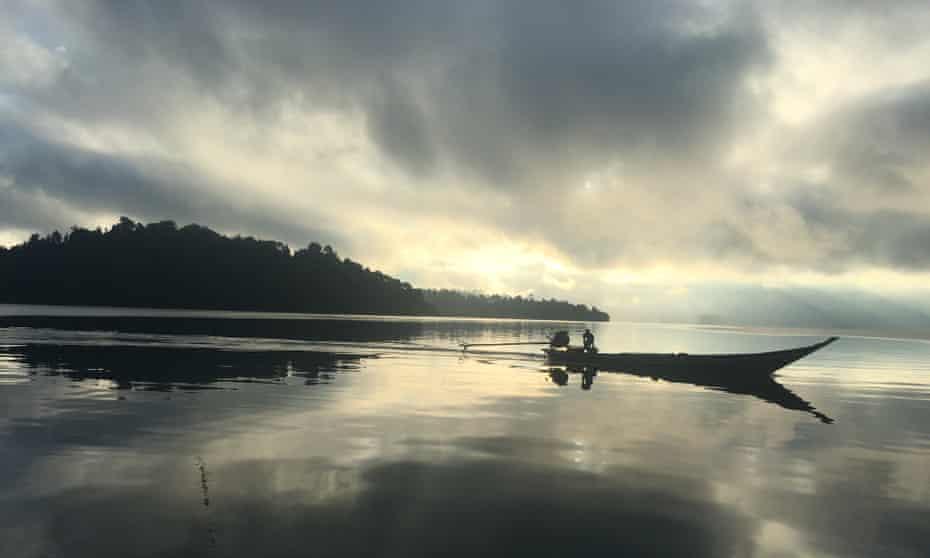 Dawn safari, Cheow Lan Lake.