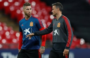Spain's coach Luis Enrique (right) speaks to Sergio Ramos during a training session at Wembley Stadium ahead of their Nations League match against England.