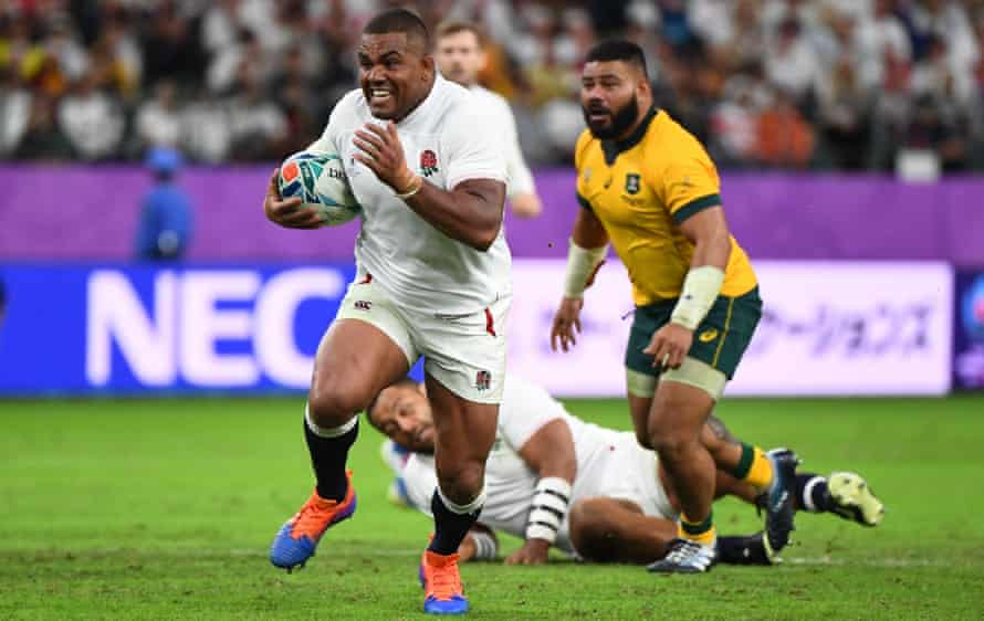 Kyle Sinckler runs through to score a critical try early in the second half after Australia had closed to within one point