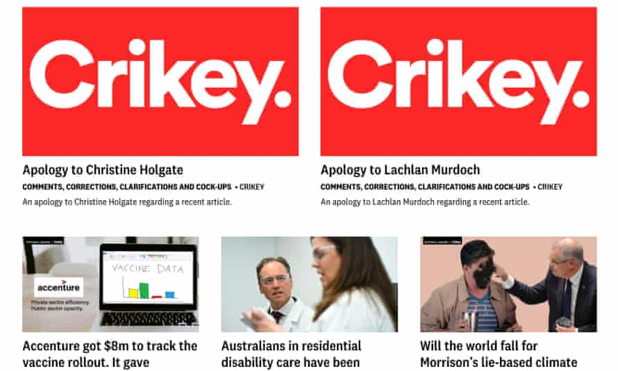 The Crikey homepage on Thursday, containing apologies to Lachlan Murdoch and Christine Holgate