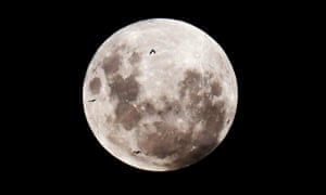 Bad moon rising: is there a link between lunar phases and crime