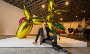 Jeff Koons plagiarised the work of a photographer for one of his sculptures, a French court has ruled.