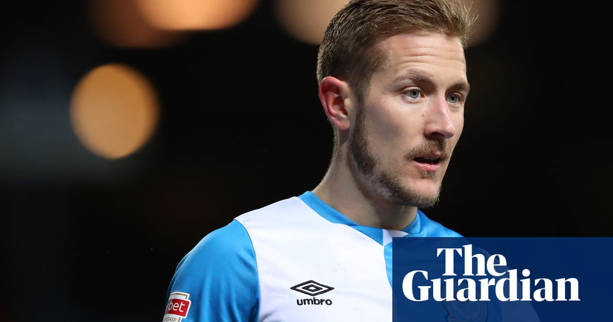 Lewis Holtby Losing 6 0 To Liverpool Last Week Showed Us What We Have To Do Better Football The Guardian