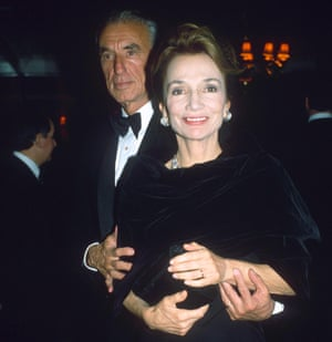 Lee Radziwill with her husband Herb Ross at the 'Steel magnolias' film party in 1990.