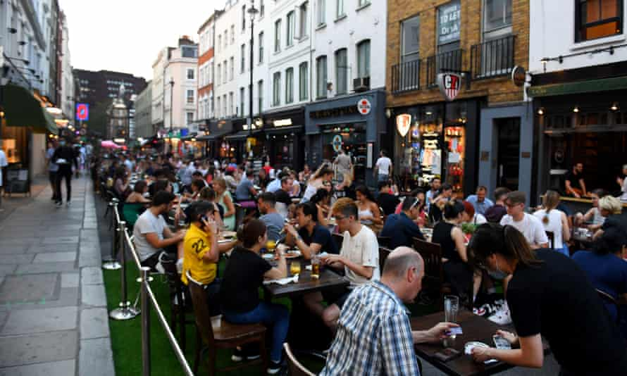 Packed tables in London during the 'Eat Out to Help Out' scheme in August 2020