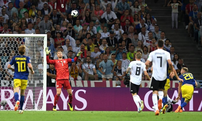 f0e38f8b393 Toni Kroos brings off late miracle for Germany to stun Sweden | Football |  The Guardian
