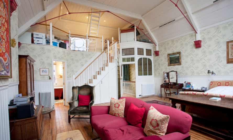 The 'enviably large' bedroom and mezzanine