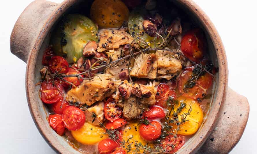'Use canned chopped toms if that is what you have': baked tomatoes with tuna and borlotti.