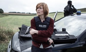 Erika Sainte as police detective Camille Delaunay in The Crimson Rivers