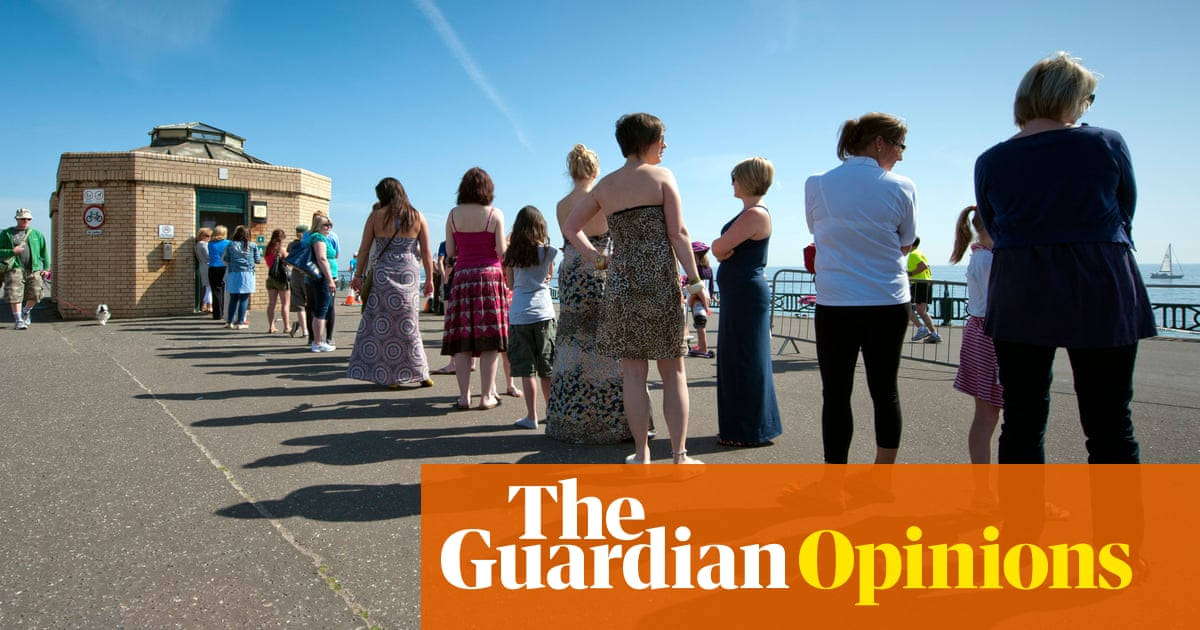 The queue for the ladies' loo is a feminist issue   Lezlie Lowe