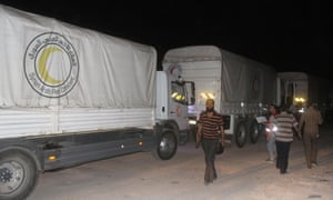 A UN and Syrian Arab Red Crescent aid convoy enters Darayya late on Thursday.