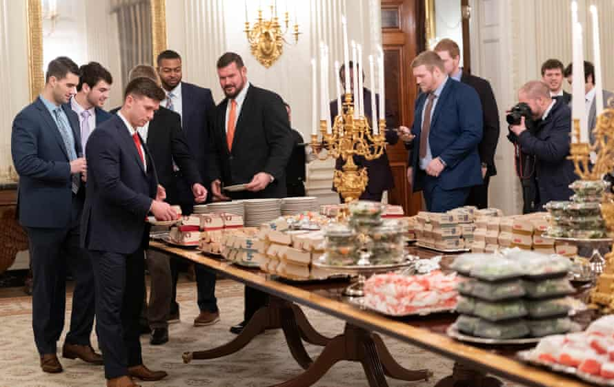 """Queuing up for Trump's """"patriotic"""" meal"""