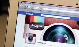 Instagram/ Facebook