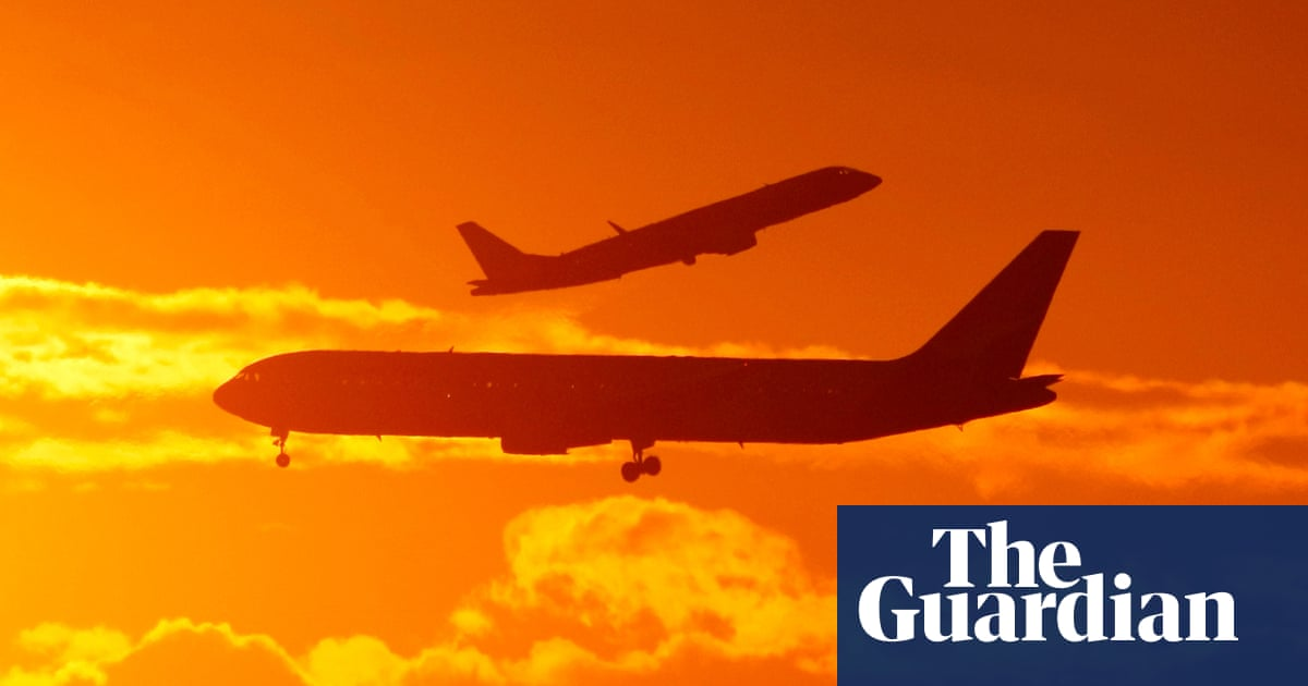 Travel exemptions rise as more Australians apply to fly overseas
