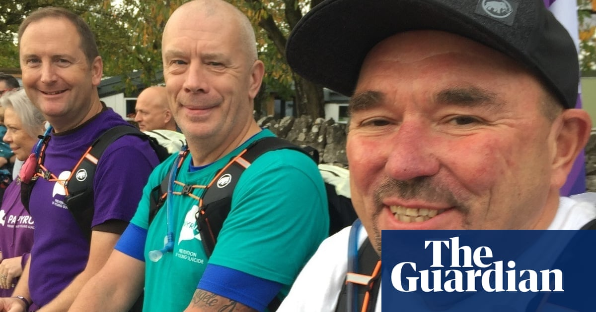 UK dads who lost their daughters to suicide finish 300-mile walk
