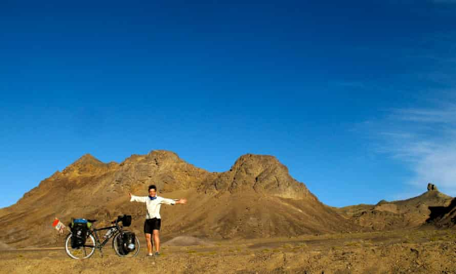 Sarah Outen in the Gobi desert