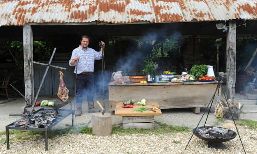 Steve Horrell standing in his outdoors kitchen