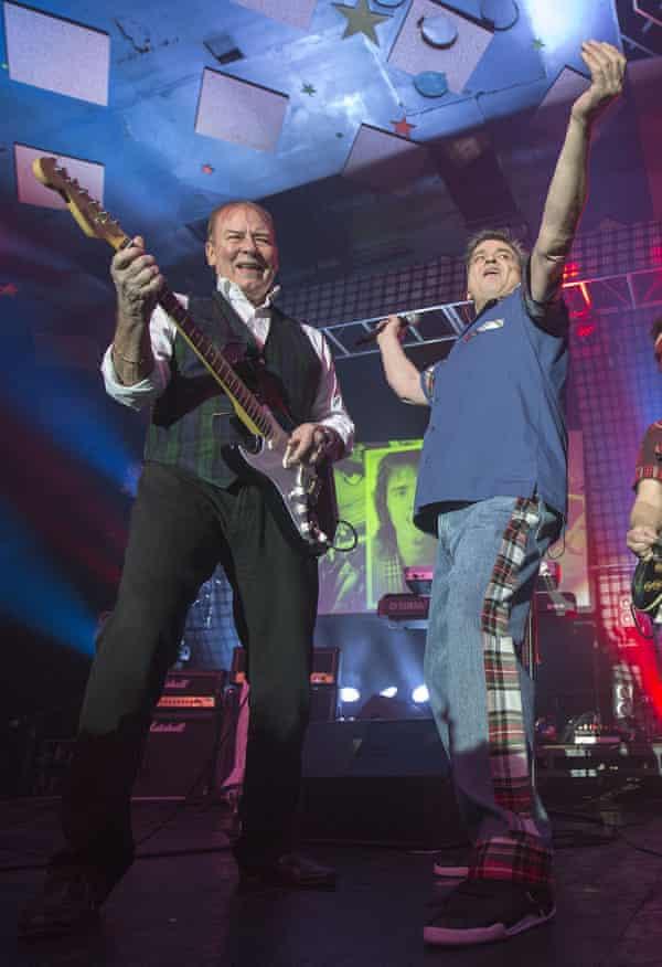 Alan Longmuir and Les McKeown performing in Glasgow in 2015.