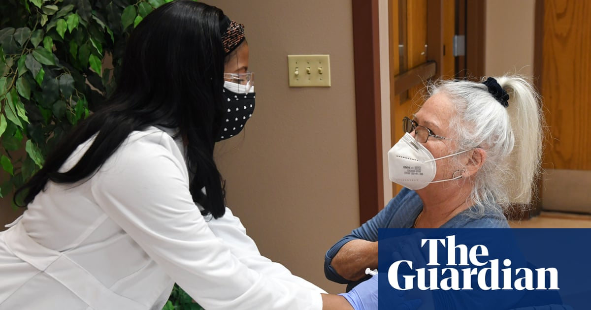 Covid outbreak among vaccinated Vegas hospital workers underscores Delta risks