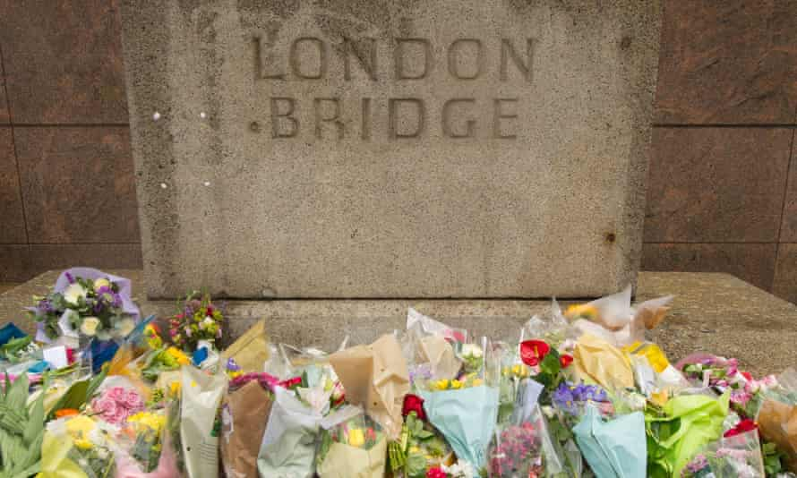 Flowers on London Bridge