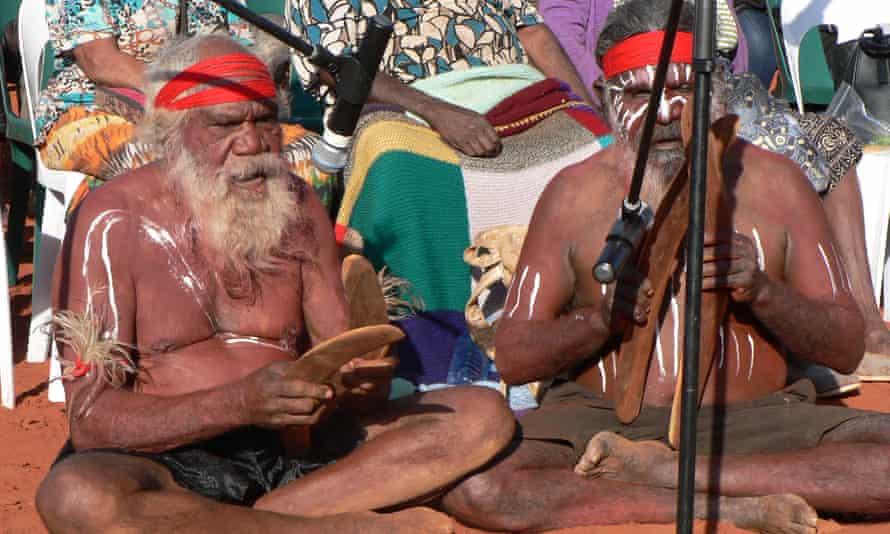Indigenous Anangu elders singing in Pitjantjatjara