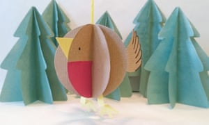 Paper Robin Bauble 7