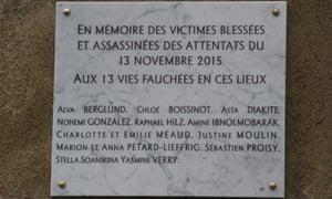 The plaque outside Le Carillon