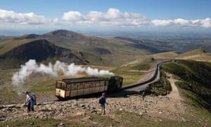 Train on Snowdon Mountain Railway puffing downhill