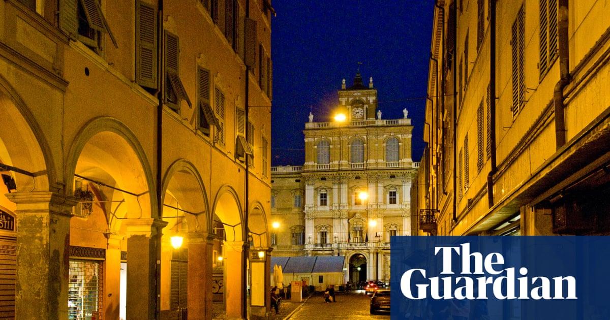 Bologna Place  Letters